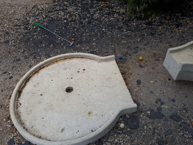 concrete block for a hole of mini golf