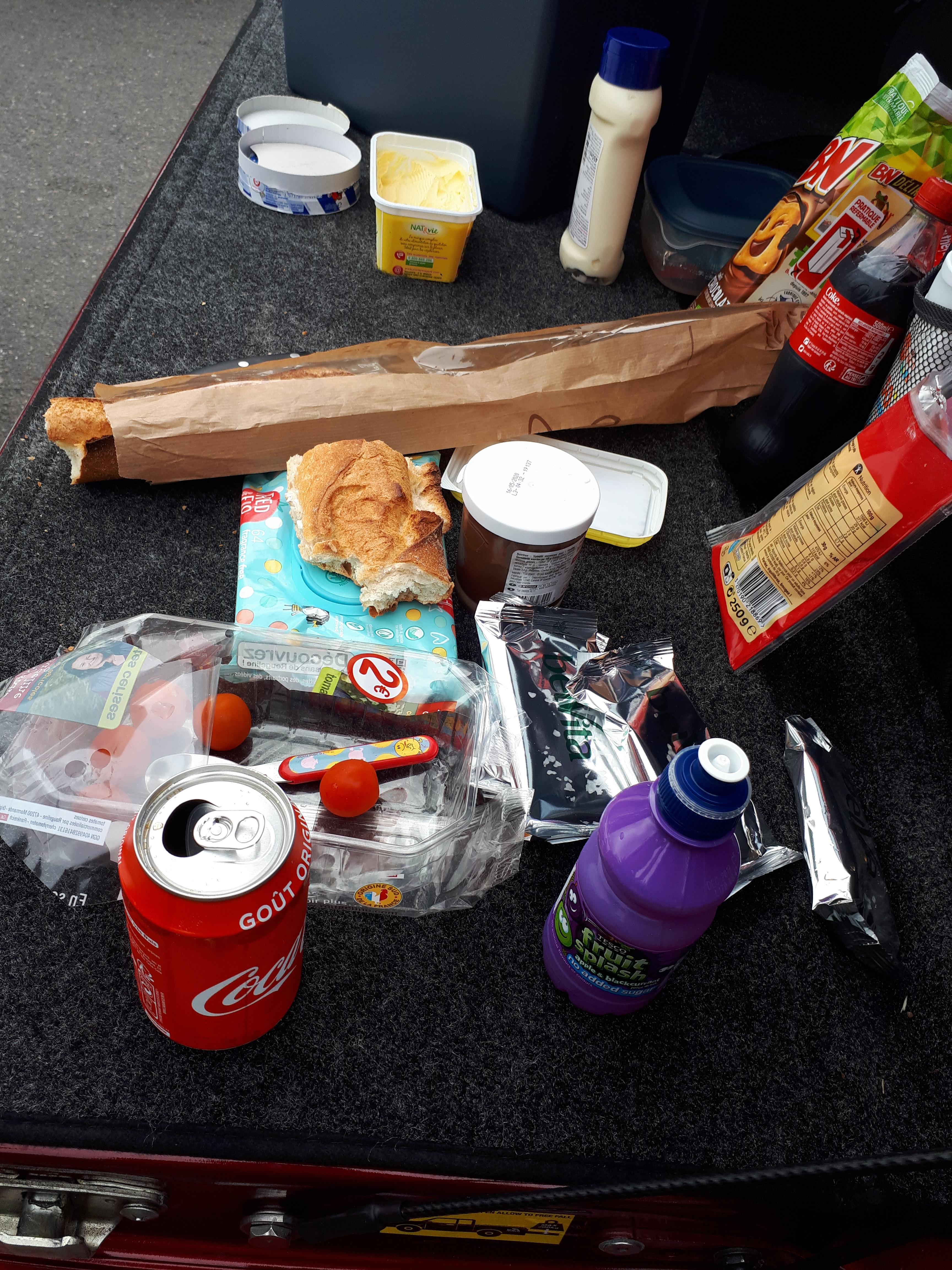 truck tailgate picnic