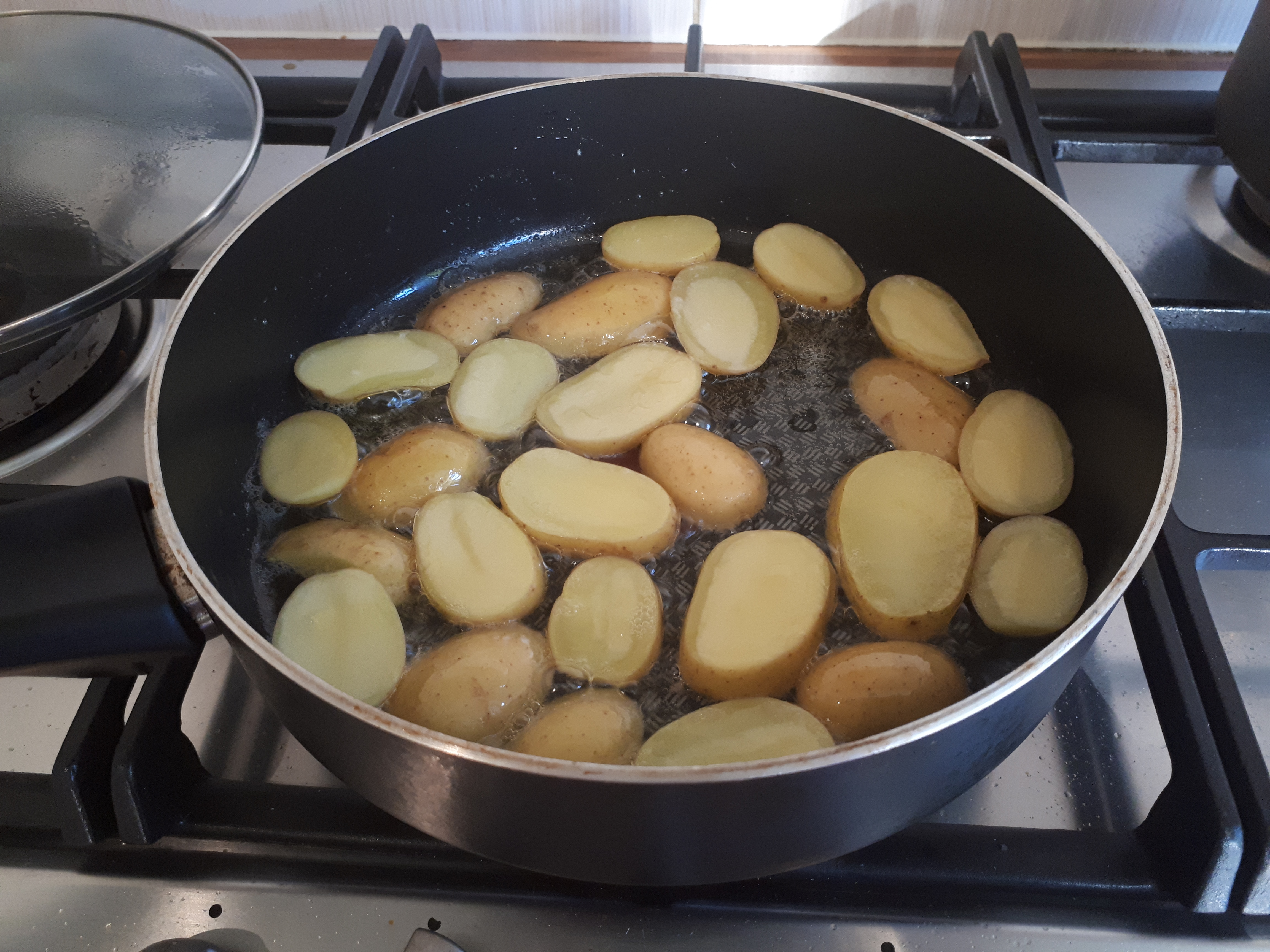 potatoes, frying long and slow