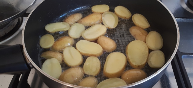 Home made pommes de terre Sarladais
